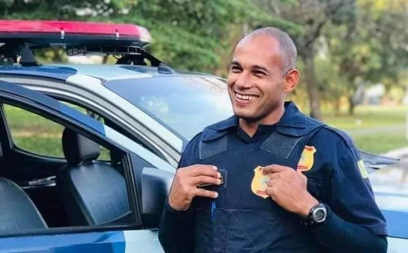 Guarda de Hortolândia Alexandre Fernandes dos Reis tinha 37 anos e estava internado havia 10 dias  — Foto: Reprodução/Facebook