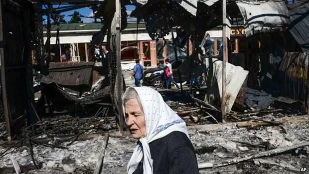 Confrontos na Ucrânia foram iniciados em abril e já mataram mais de 2.600 pessoas (Foto: AP)