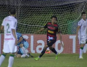 vitória da conquista x sport rithely (Foto: Reprodução / TV Globo)