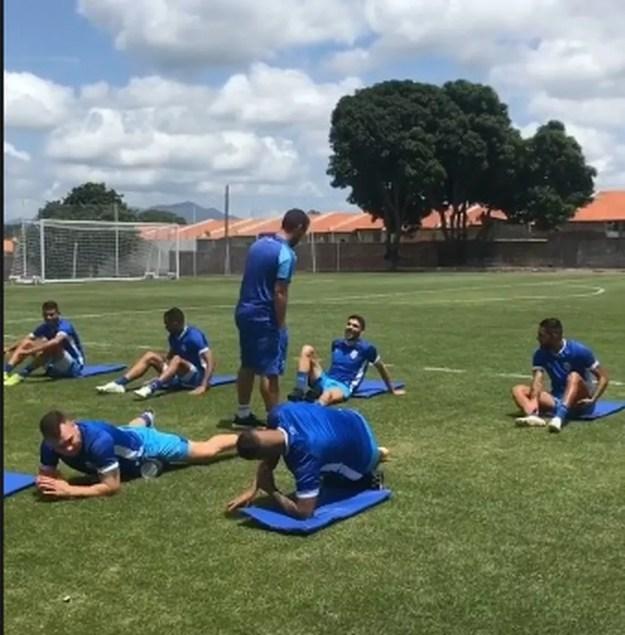 CSA treina no CT da base do Ceará — Foto: Reprodução/CSA