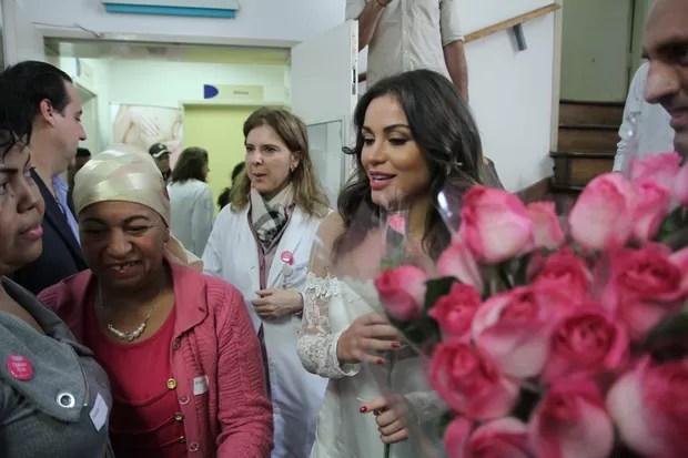 Maria Melilo é madrinha da campanha outubro rosa  (Foto: Amauri Nehn/Photo Rio News)