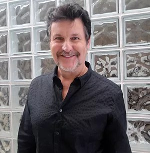 Antonio Calloni está ótimo aos 50 anos (Foto: Encontro com Fátima Bernardes/ TV Globo)