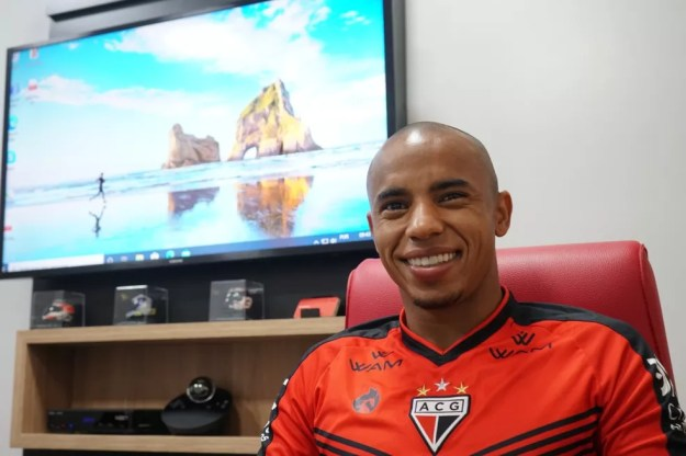 Reginaldo estava no Atlético-GO — Foto: Paulo Marcos / Atlético-GO