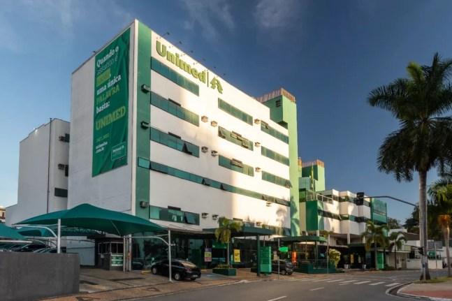 """Hospital da Unimed, em Americana, é onde a moradora com suspeita da """"doença da urina preta"""" está internada — Foto: Nelson Shiraga"""
