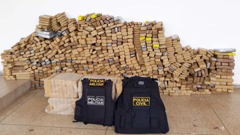 Previsão é que a droga seja incinerada nesta sexta-feira (29). — Foto: Polícia Militar/ Divulgação