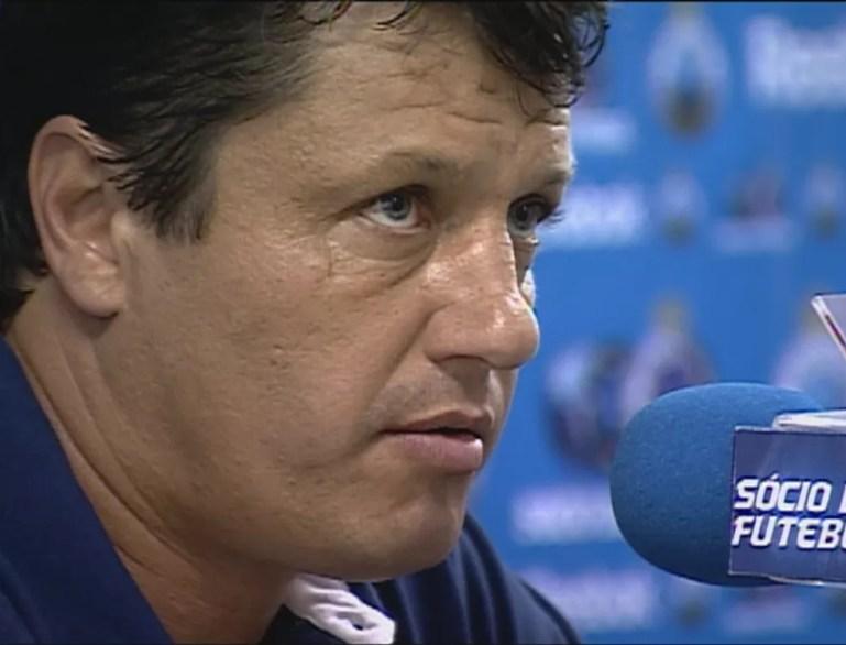 Adilson Batista acumula 12 vitórias sobre o Atlético-MG, em 2008 e 2009 foi campeão mineiro — Foto: Reprodução / TV Globo Minas