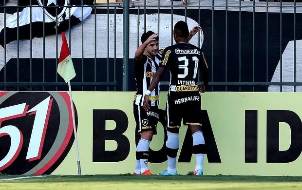 Vitinho lodeiro botafogo gol cruzeiro (Foto: Satiro Sodré / Divulgação)
