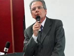 Carlos Calado, reitor da Universidade de Pernambuco (UPE) (Foto: Katherine Coutinho/G1)