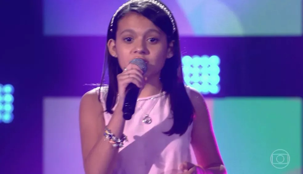 Duda Soares é de Cabo Frio e está no 'The Voice Kids' — Foto: TV GLOBO