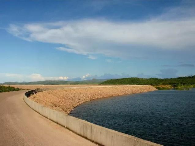 Barragem da UHE Manso: reservatório está com nível de água acima do nível mínimo, segundo Furnas. (Foto: Marcos Bergamasco / Secom-MT)
