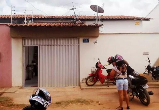 Casa da mãe de Ananias em Ribamar, na Região Metropolitana de São Luís (Foto: Afonso Diniz / GloboEsporte.com)
