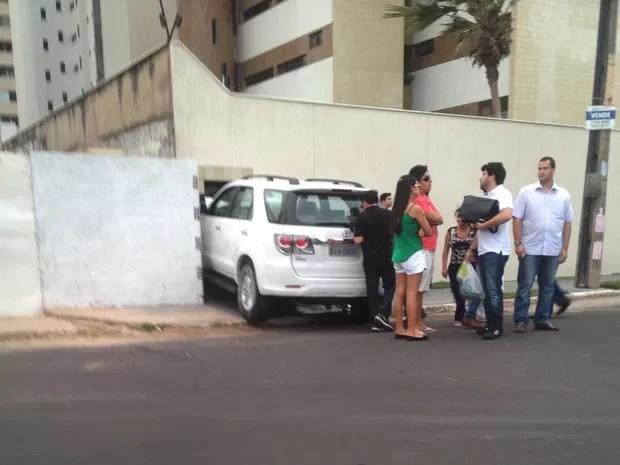 Segundo morador, motorista não sofreu danos (Foto: Eduardo Martins/Acervo Pessoal)