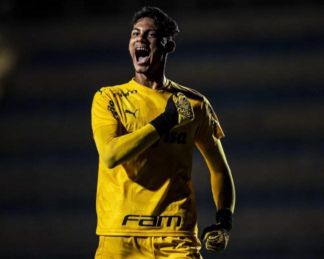 Natan possui contrato com o Palmeiras até agosto de 2023 — Foto: Pedro Vale