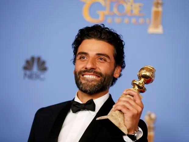 Oscar Isaac ganha o Globo de Ouro de melhor ator de minissérie (Foto: REUTERS/Lucy Nicholson)