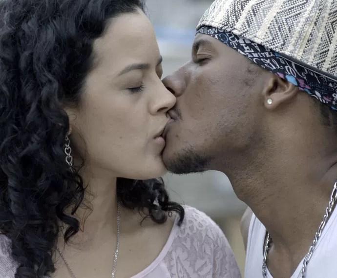 Iraque beija Domingas (Foto: TV Globo)