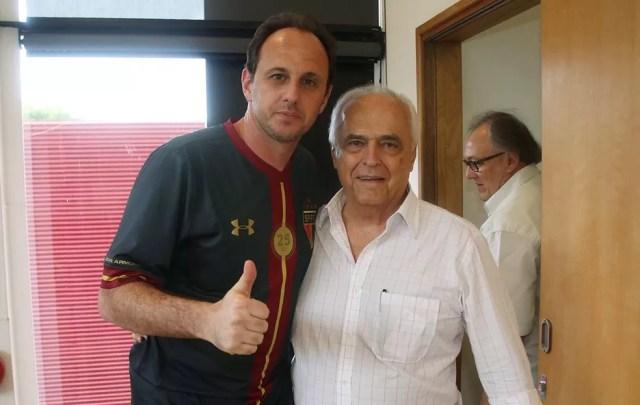 Leco contratou Rogério Ceni para ser o técnico tricolor nesta temporada (Foto: Rubens Chiri/saopaulofc.net)