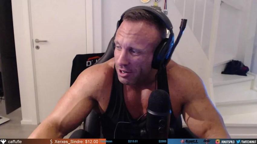 Streamer bodybuilder Knut foi banido por um dia da Twitch TV — Foto: Reprodução/Knut Twitch