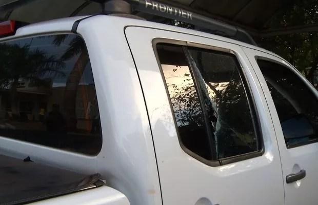 Jovem Yasmin Luciene é morta após ser baleada em tocaia para tentar roubar caminhonete em Goiás (Foto: Reprodução/TV Anhanguera)