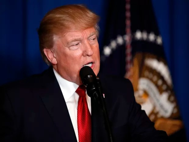 President Donald Trump speaks at Mar-a-Lago in Palm Beach, Fla., Thursday, April 6, 2017, after the U.S. fired a barrage of cruise missiles into Syria Thursday night in retaliation for this week's gruesome chemical weapons attack against civilians