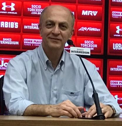 Elias Barquete Albarello, diretor financeiro do São Paulo — Foto: Marcelo Prado
