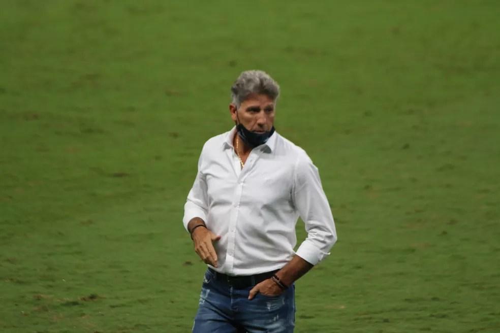 Técnico comandou equipe no Gre-Nal do último sábado — Foto: Lucas Uebel/Grêmio
