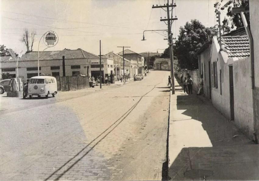 Rua do Comércio, em Votorantim, em 1964 — Foto: Cesar Silva/Arquivo pessoal