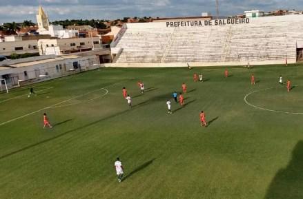 Salgueiro vence Juazeirense por 1 a 0. — Foto: Kris de Lima/TV Grande Rio