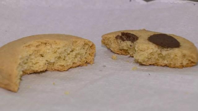 Estudo realizado na Unicamp testa aceitabilidade de cookie feito com farinha de bambu — Foto: EPTV 1