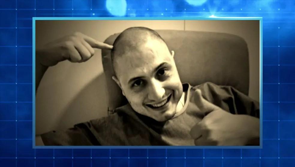Gabriel tentou tratamento com quimioterapia, mas não deu certo; ele precisava de um transplante de medula óssea — Foto: TV Globo