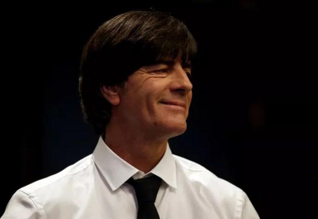 Joachim Löw coletiva Alemanha na Itália (Foto: Stefano Rellandini / Reuters)