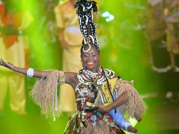 Gisele Santos Soares foi coroada 'Deusa do Ébano' em concurso do bloco afro (Foto: Max Haack /Ag Haack)