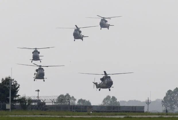 Exército espera ter 200 helicópteros Surion em operação até 2020 (Foto: Lee Jae-Won/Reuters)