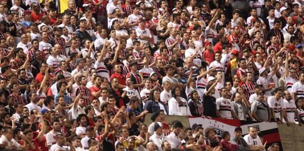 São Paulo x San Lorenzo - torcida (Foto: Marcos Ribolli)