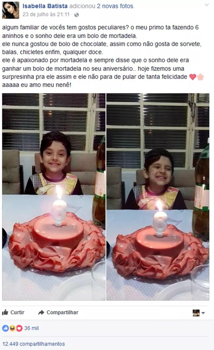 Foto do bolo foi postada pela prima do garoto e viralizou na web (Foto: Reprodução/Facebook)