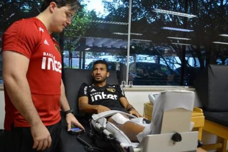 Joao Rojas está em recuperação no São Paulo — Foto: Érico Leonan / saopaulofc.net