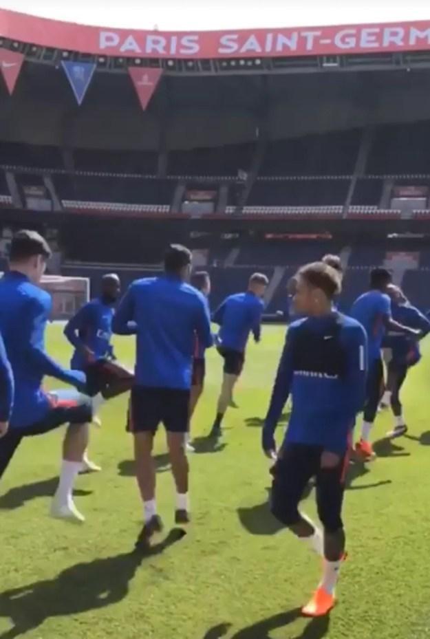Neymar treina no Parque dos Príncipes (Foto: Reprodução / Instagram)