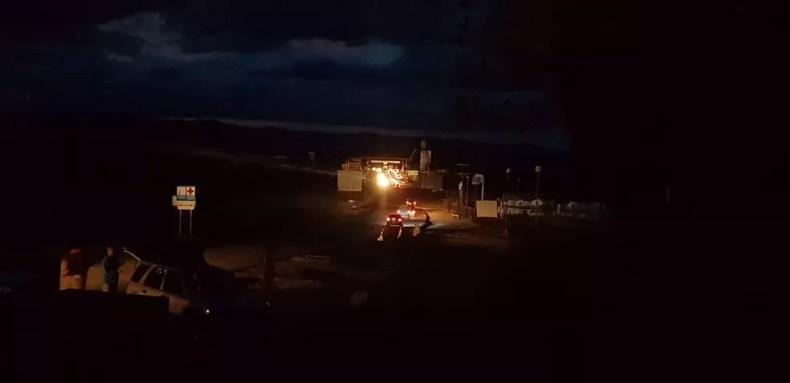 Tráfego de veículos era intenso horas antes do fechamento da fronteira da Venezuela com o Brasil — Foto: Alan Chaves/G1 RR