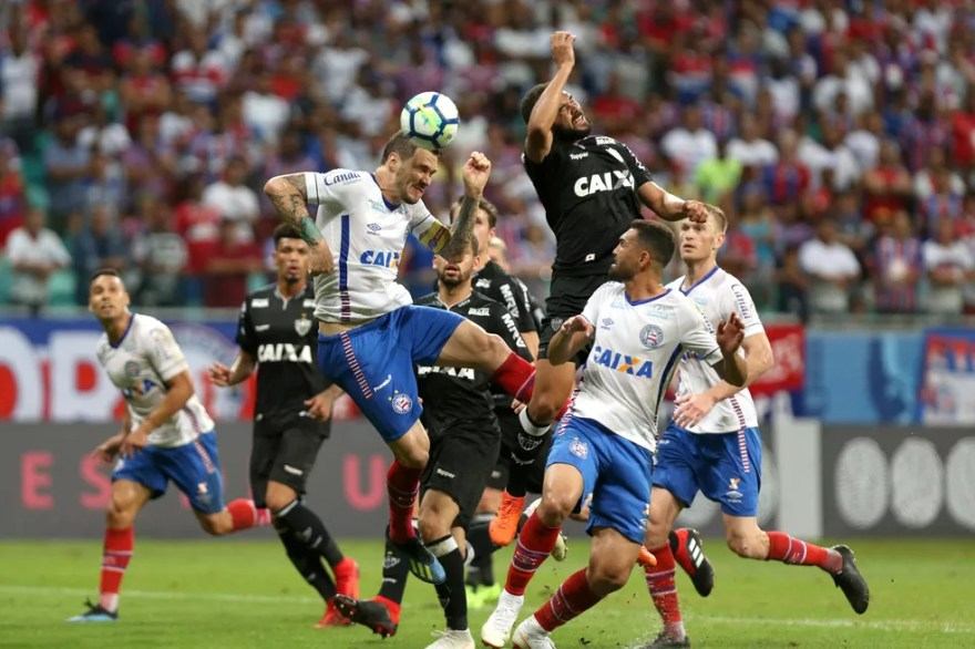 Atlético-MG deixou de somar nove pontos com vacilos no fim dos jogos (Foto: Felipe Oliveira / Divulgação / EC Bahia)