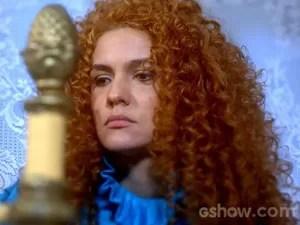 Gina vai para o quarto por causa do galanteio de Nando (Foto: Meu Pedacinho de Chão/TV Globo)