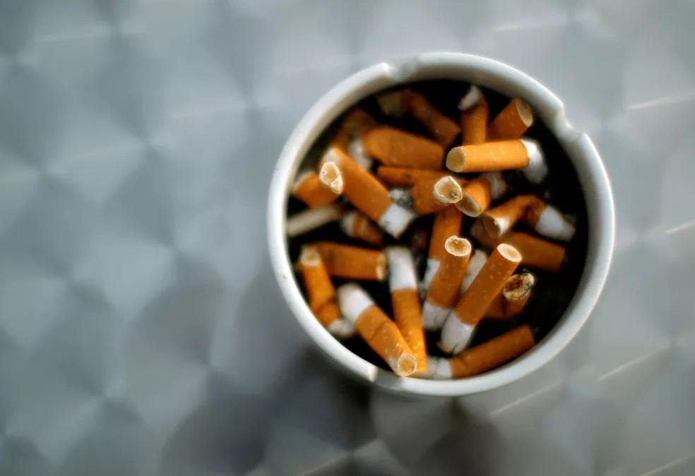 Segundo estudo divulgado nesta terça-feira pela OMS, custo do cigarro é de US$ 1 trilhão ao ano (Foto: Reuters/Lisi Niesner/File Photo)