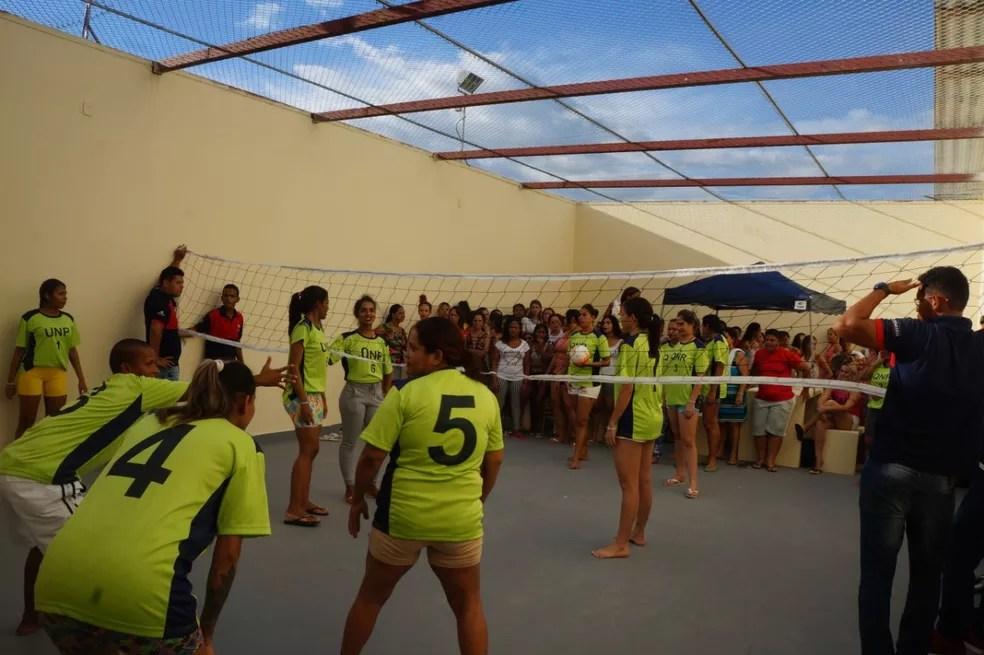 No presídio feminino, mulheres já fazem atividades esportivas juntas  — Foto: Elenilson Oliveira/Asscom Iapen