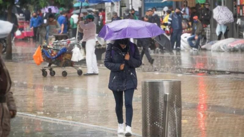 O fenômeno La Niña já trouxe fortes chuvas para algumas regiões e provavelmente deixará o clima global um pouco mais frio em 2021 — Foto: Getty Images/Reprodução via BBC
