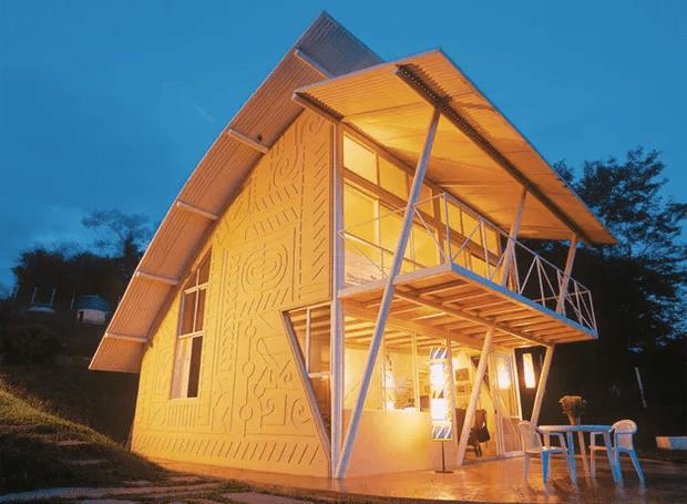 casa-minas-gerais-montanha (Foto: João Diniz Arquitetura/Divulgação)