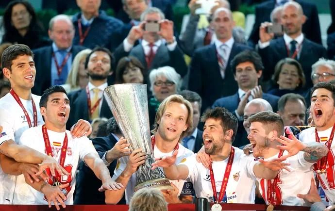 Sevilla campeão Liga Europa (Foto: Agência Reuters)