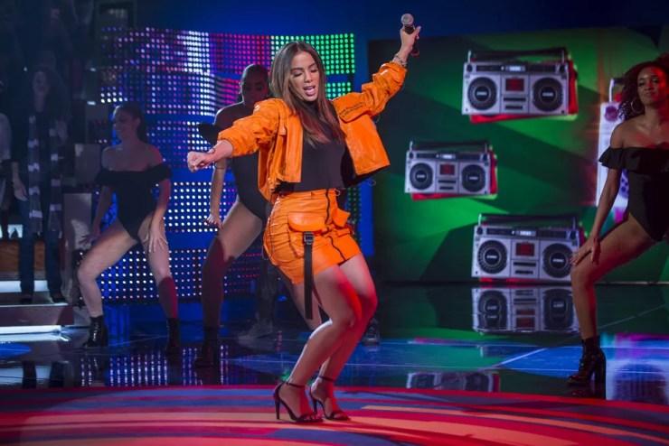 Anitta se apresenta no Caldeirão deste sábado (Foto: Artur Meninea/Gshow)