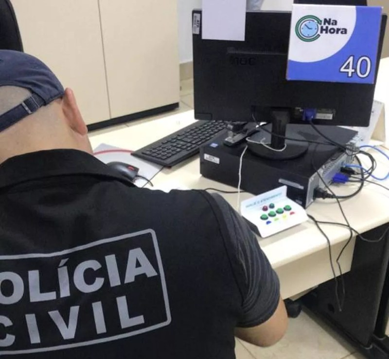 PCDF cumpre mandados de buscas em agência do Na Hora, no âmbito da Operação Apare — Foto: Polícia Civil/Divulgação