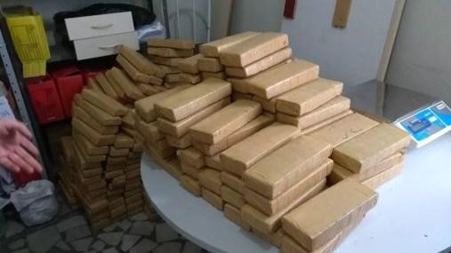 Droga foi pesada e entregue à Delegacia de Narcóticos de Mossoró (Foto: Divulgação/Sesed)