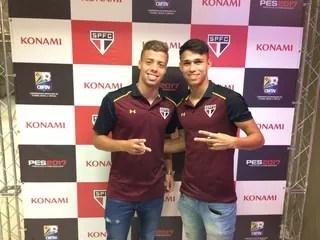 Luiz Araújo e Lucas Fernandes, do São Paulo (Foto: Divulgação)
