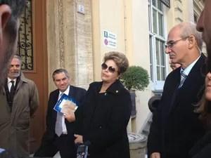 Presidente Dilma Rousseff dá entrevista em Roma, depois de participar da missa de inauguração do Papa (Foto: Juliana Cardilli)