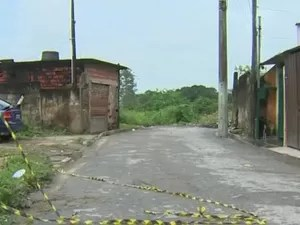 Local onde os jovens foram mortos no Tinga (Foto: Reprodução/TV Vanguarda)